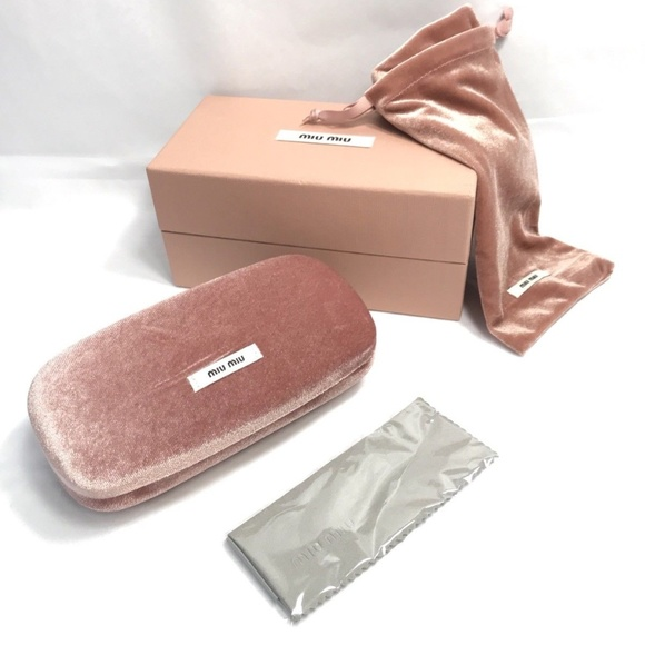 a0528f5f0681 MIU MIU Pink Velvet Sunglass Case Box Pouch Cloth